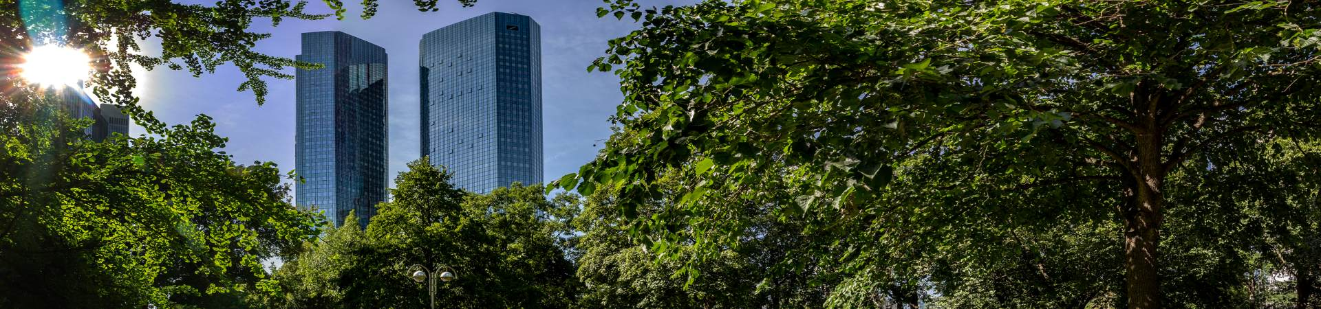 Green-towers--Deutsche-Bank-Headquarters.jpeg